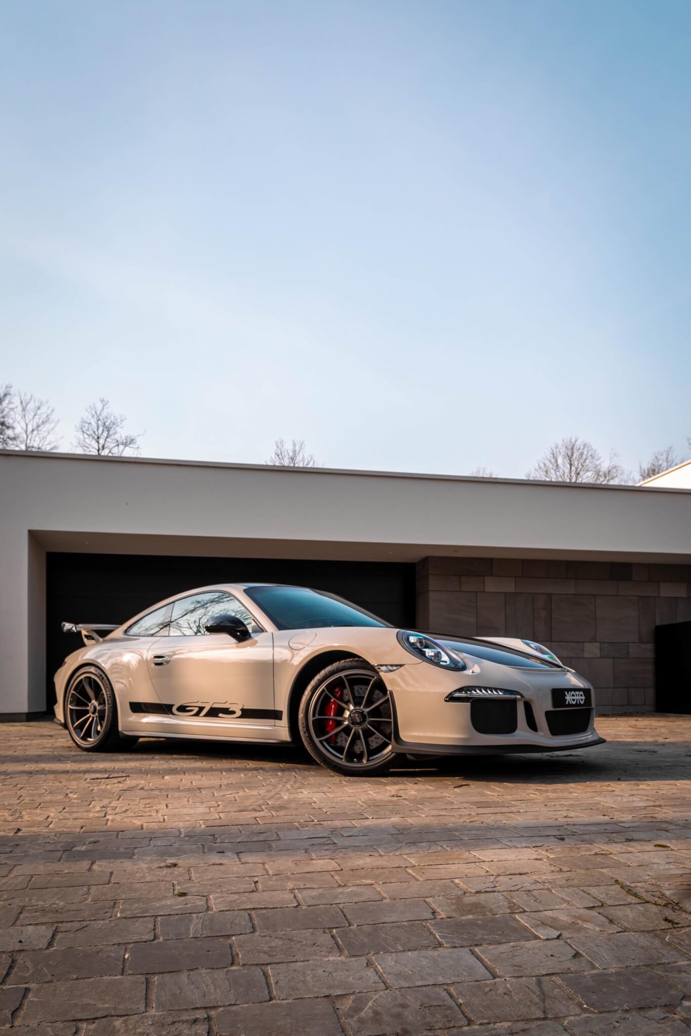 PorscheGT3Clubsport-2